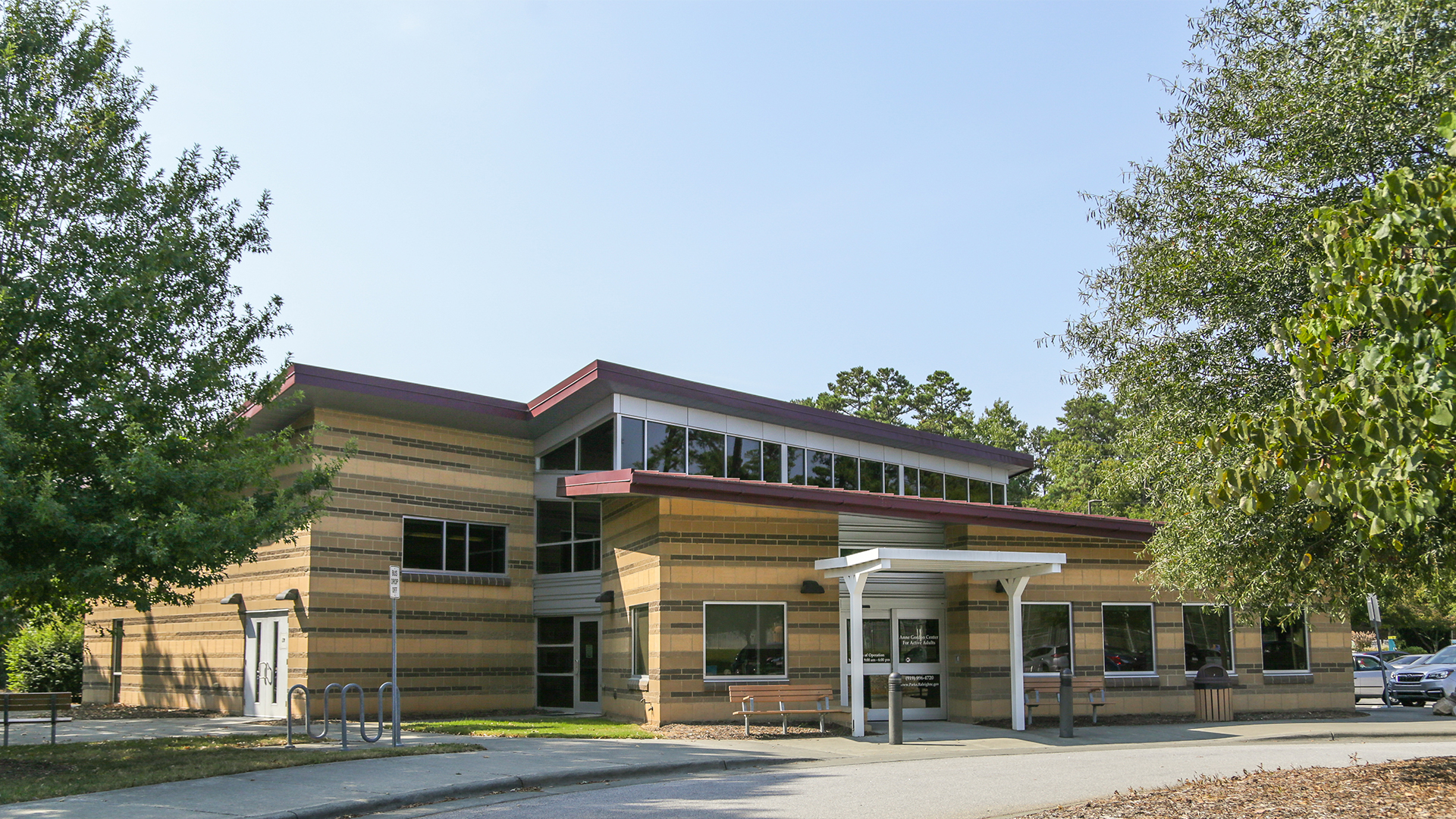 This is a picture of the front of the building of the Anne Gordon Center for Active Adults.