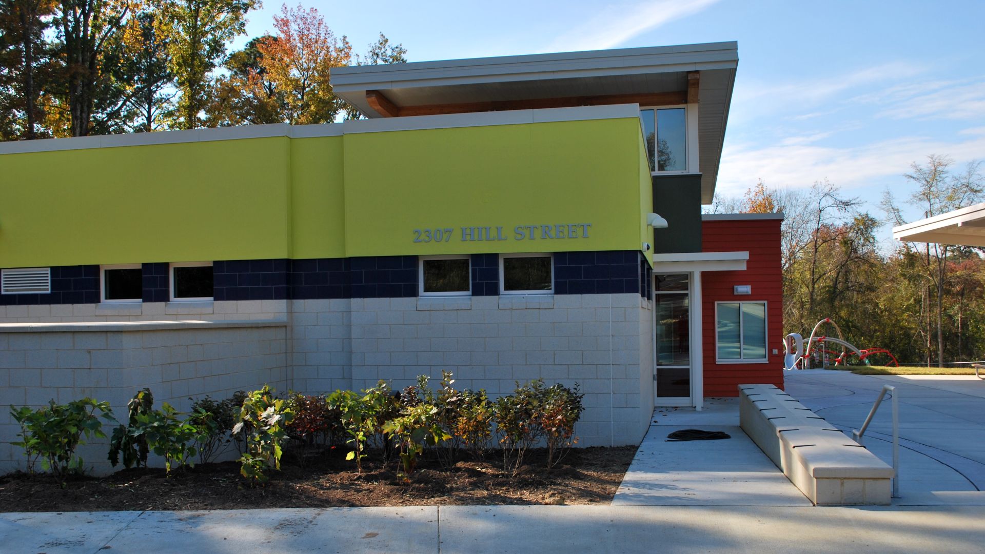 Side view of the Hill Street Community Center