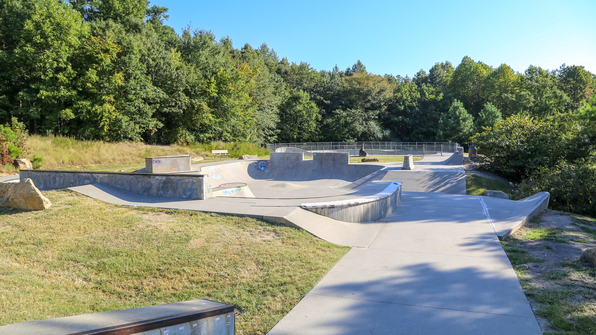 A large outdoor skate park which offers street, flow and bowl elements