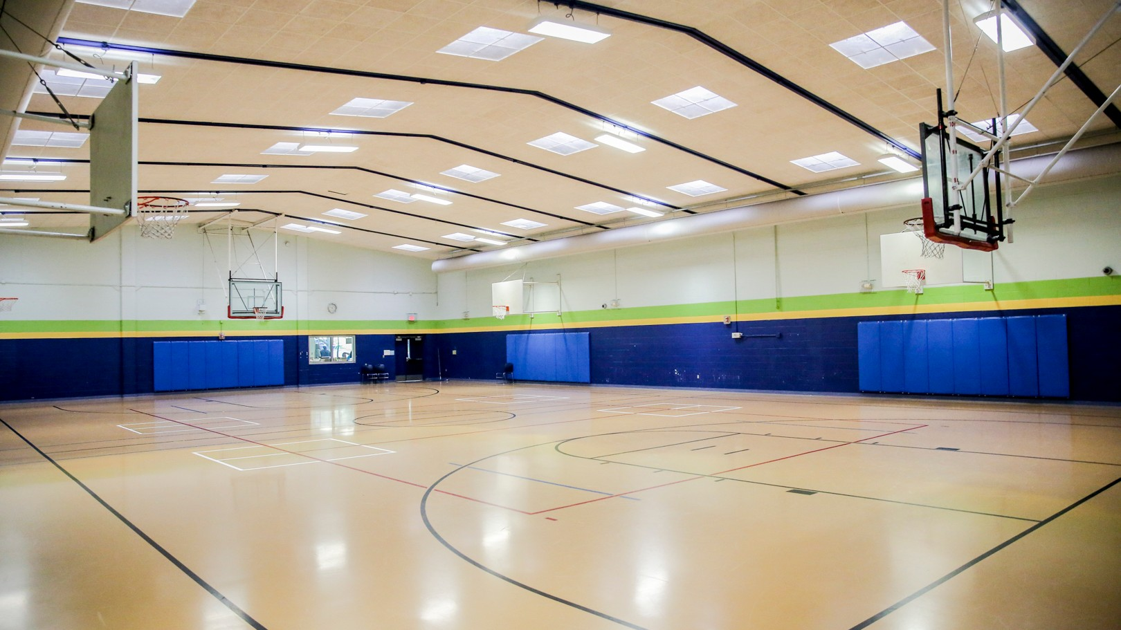 A large open gymnasium at Jaycee park