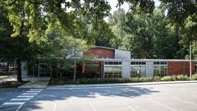 The exterior front of Jaycee Park Community Center